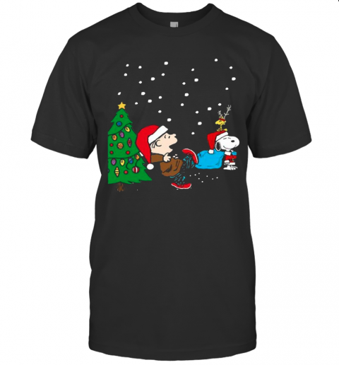 Charlie Brown And Snoopy And Woodstock Merry Christmas Tree shirt Classic Men's