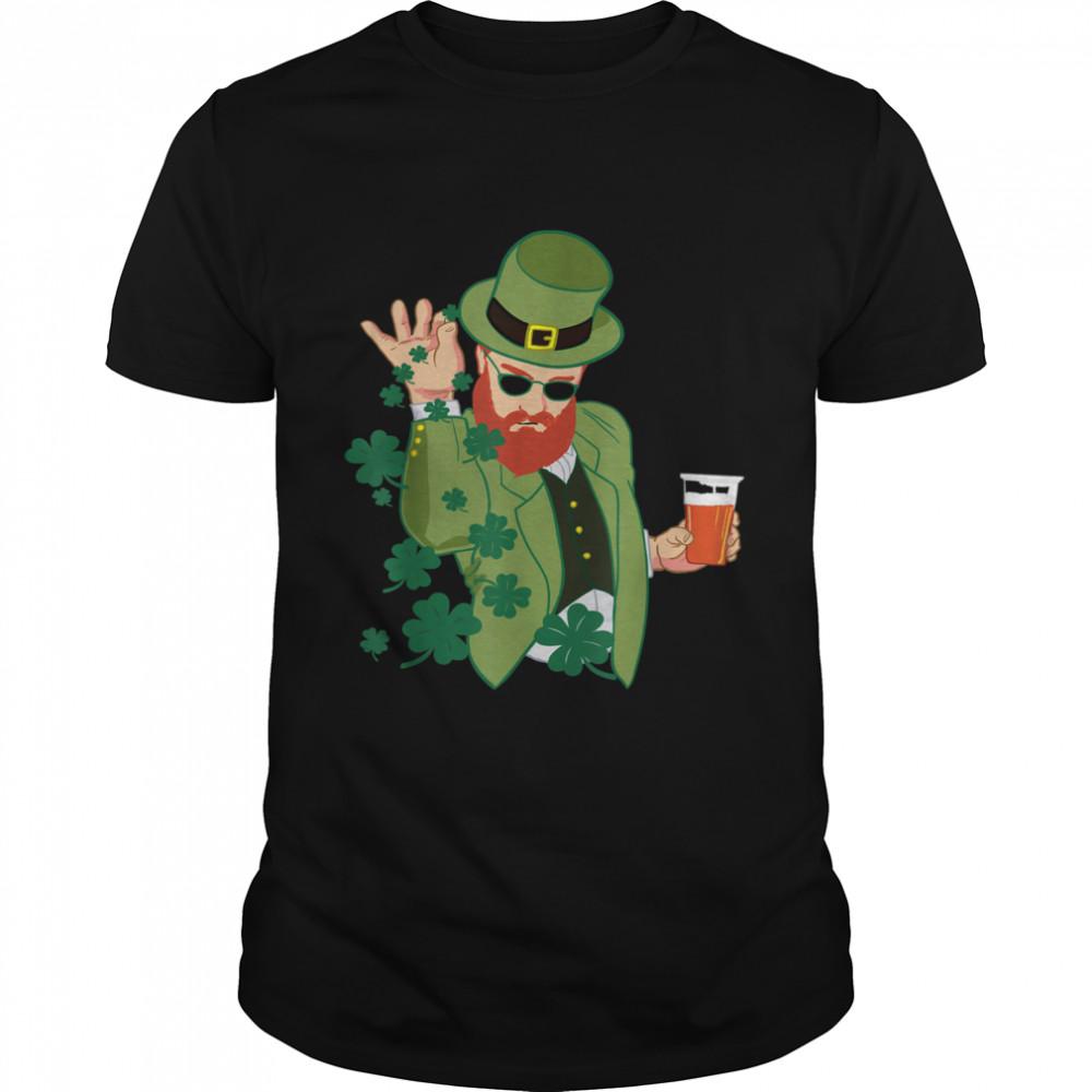 Leprechaun throwing shamrocks shirt Classic Men's T-shirt