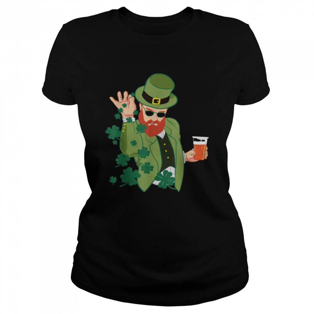 Leprechaun throwing shamrocks shirt Classic Women's T-shirt