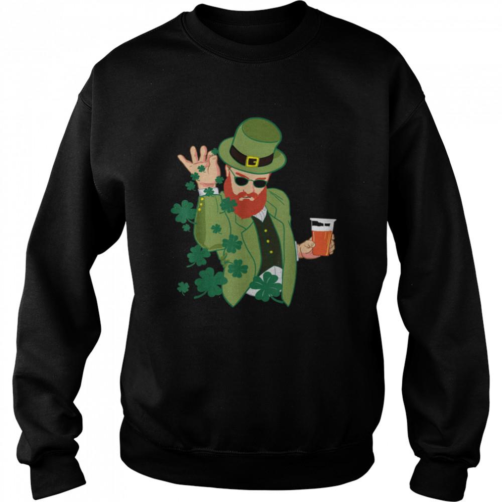 Leprechaun throwing shamrocks shirt Unisex Sweatshirt
