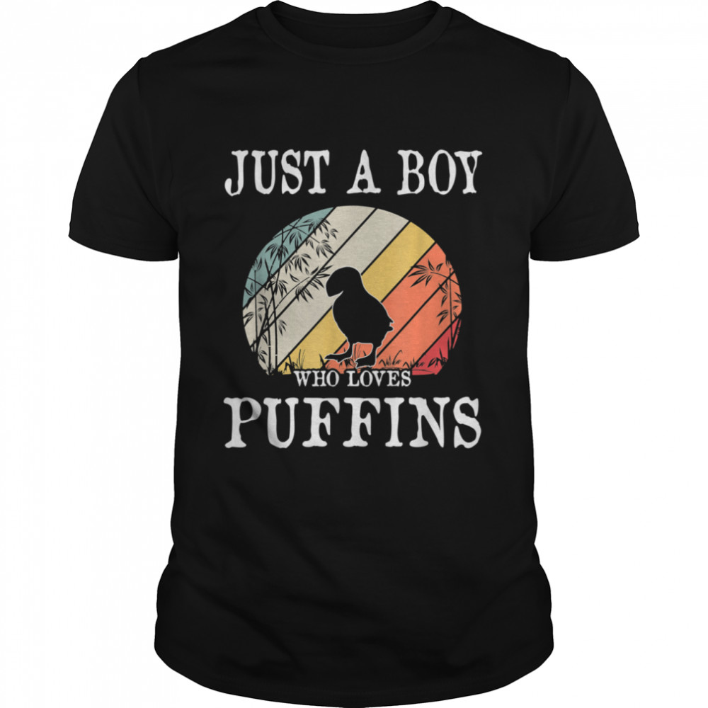Just A Boy Who Loves Puffins  Classic Men's T-shirt